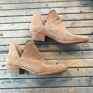Lucky brand Tan suede perforated Baley bootie 8
